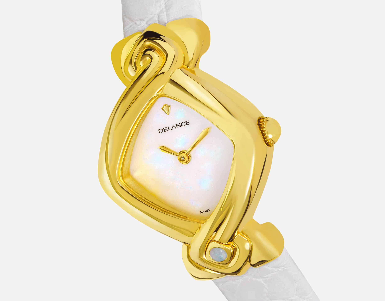 Die Uhr für die Braut : Orchidée: Golduhr, Zifferblatt Perlmutter weiss, vergoldete Hände, Goldcabochon mit opale weiss, Armband Alligator weiss