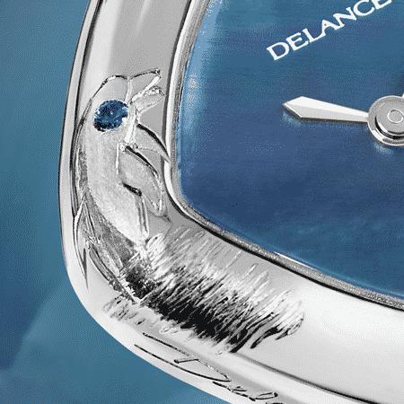 Damenuhren Eleganz für Frauen: Dolphin: Stahluhr, Zifferblatt Perlmutter blau, vernickelte Hände, Stahlcabochon mit einem Diamanten Armband aus Alligator blau