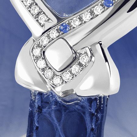 Elegante feminine Uhren für Damen: Indira: Stahluhr mit 42 Diamanten et 8 Saphiren , Zifferblatt Perlmutter blau, vernickelte Hände, Stahlcabochon, Armband aus Alligator blau