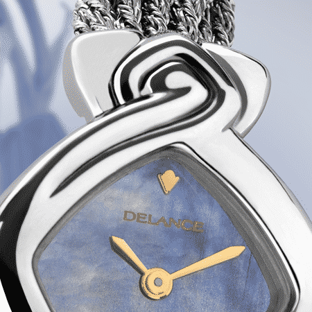 Originelle Armbanduhren für Frauen: Machaya: Stahluhr, Zifferblatt Perlmutter blau, vergoldete Hände, Cabochon mit einem Saphir, Silberarmband Cascade