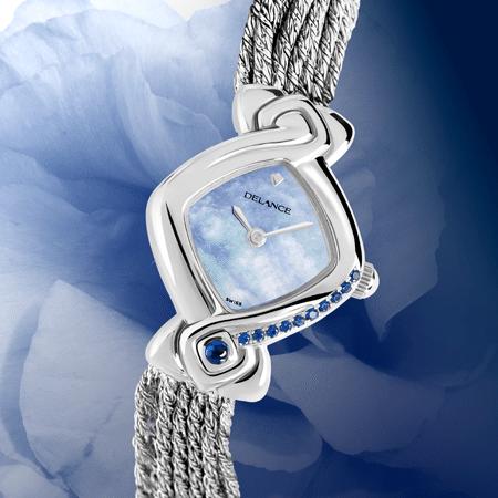 """La montre DELANCE """"Perfect Ten"""" avec 10 diamants pour dire à une femme aimée qu'elle a toutes les qualités pour faire le bonheur de sa famille. En effet 10 est la somme de 1+2+3+4. C'est le symbole de la totalité, de l'achèvement, de la création universelle."""