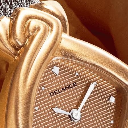 Originelle Armbanduhren für Frauen: Diversity: Rosagolduhr satinierte, verkupfertes Zifferblatt mit 12 Index, nickelierte Hände, Goldcabochon mit brillant Goldarmband Cascade weiss