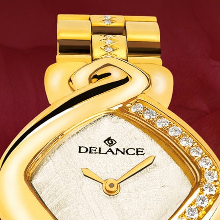 Die Uhr für die Braut : Just 25: Golduhr mit 25 Diamanten, Luz Zifferblatt, vergoldete Hände, Goldcabochon mit einem Rubin, Armband aus gold mit 24 Diamanten