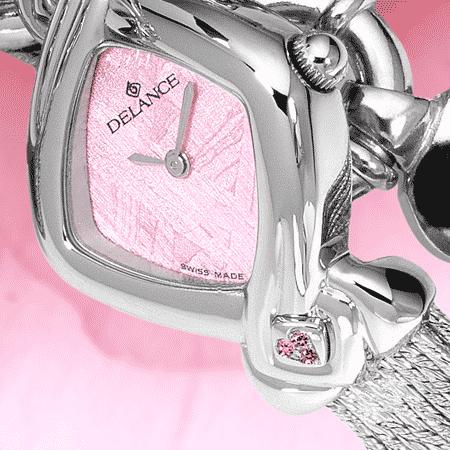 Romantische Armbanduhr für Frauen: La vie en rose: Stahlduhr mit 17 Saphiren roses, Luz Zifferblatt, vernickelte Hände, Goldcabochon, Silberarmband Cascade